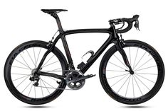 So clear shapes and such a beauty! Just wishing this baby would be mine some day. In my dreams.... 2013 Pinarello Dogma