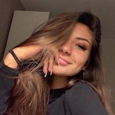 Selfie Poses, Selfie Tips, Selfie Sexy, Beauty Makeup, Hair Makeup, Hair Beauty, Makeup Style, Cute Selfie Ideas, Instagram Pose
