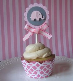 these would need to be blue Pink Elephant Party, Elephant Cupcakes, Elephant Theme, Elephant Baby Showers, Baby Party, Baby Shower Parties, Baby Shower Themes, Baby Shower Gifts, Shower Ideas