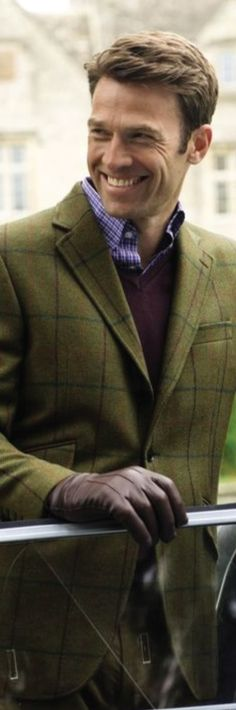 I can hardly tell it's spring it is a bit nippy today, isn't it. English Gentleman, Gentleman Style, Sharp Dressed Man, Well Dressed Men, Fashion Moda, Mens Fashion, English Style, English Manor, English Countryside