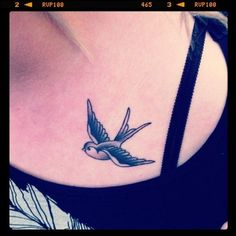 tatuajes-de-golondrinas-para-mujeres-1.jpg (500×500)