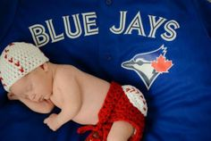 Star readers are sharing photos of Blue Jays superfans, big and small. #BlueJays #baseball