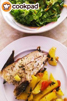 #ψάρι #εύκολο #συνταγές #μένουμεσπίτι #recipes Risotto, Chicken, Meat, Ethnic Recipes, Food, Essen, Yemek, Buffalo Chicken, Cubs