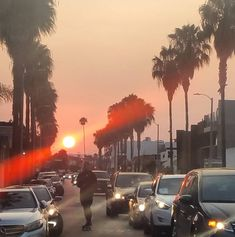 The after effect of smoke pollution .a surreal sunset . Sunset Pics, Sunset Pictures, Jessica Hecht, Smoking Effects, Venice Beach, Beautiful Sunset, Palms, Dusk, Surrealism