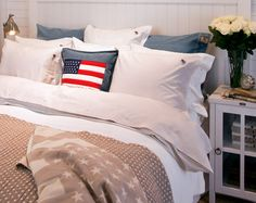 This room oozes laid back American East coast style, with a stars and stripes cushion for that extra patriotic touch. East Coast Style, Lexington Home, Lexington Company, Big Pillows, New England Style, Hazelwood Home, Home Additions, Cozy Cottage, Cozy Bedroom