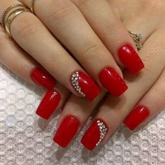 Japanische Nagelkunst 58 Nail Art Ideas You Can Make Page 17 of 58 - Nail Designs & Manicure B Red Shellac Nails, My Nails, Gel Manicure, Fancy Nails, Pretty Nails, Short Red Nails, Nagellack Trends, Red Nail Designs, Elegant Nails