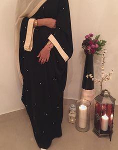 Abaya Style 580753314418557076 - H I Y A M – Prologue – Partie 1 – Wattpad Source by djarabinadia Modest Fashion Hijab, Modern Hijab Fashion, Street Hijab Fashion, Abaya Fashion, Fashion Dresses, 80s Fashion, Fashion 2020, Estilo Abaya, Modern Abaya