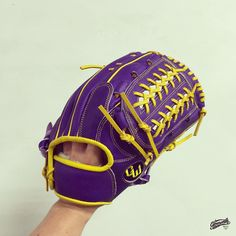 Build your custom glove at gloveworks.net and bring it home! #baseball #softball #sports #sportsgear #equipment #glove #baseballglove #野球 #野球グローブ