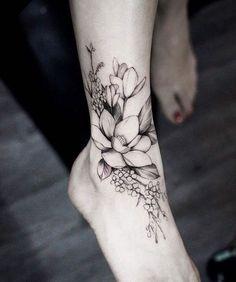 72 meilleures images du tableau tatouage floral nice. Black Bedroom Furniture Sets. Home Design Ideas