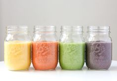 5 Ingredient smoothies that taste like your favourite foods. High Protein Smoothies, Protein Smoothie Recipes, Easy Smoothies, Smoothie Drinks, Breakfast Smoothies, Low Sugar Recipes, Raw Food Recipes, Jar Recipes, Healthy Food Options