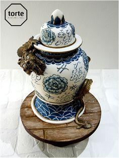 Chinese dragon vase birthday cake #birthday #cake #sculptedcake #imperialdragon #chinesevase #website
