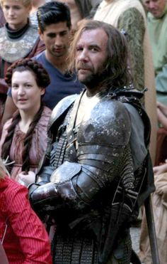 Rory McCann sonrie a la cámara / Rory McCann smiles for the cameras - Game of Thrones / Juego de Tronos