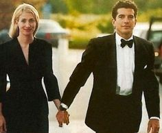 Style Icon: Carolyn Bessette Kennedy | In Jackies Shoes