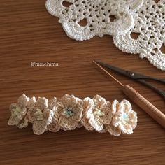 f:id:himehima:20170729215750j:plain Crochet Hair Accessories, Head Accessories, Crochet Hair Styles, Decorative Accessories, Crochet Flower Tutorial, Crochet Flowers, Ribbon Hair, Ribbon Bows, Irish Crochet