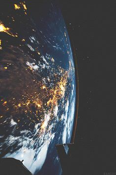 #Earth sure looks beautiful from up there!