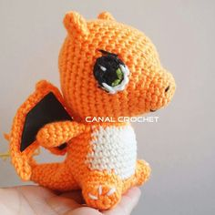 Charmander.  http://amigurumilacion.blogspot.com.es/2016/12/charmander-pokemon-amigurumi.html?m=1