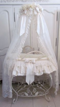1000 Images About Cradles And Baby Carriage On Pinterest Baby Carriage Moses Basket And Baby