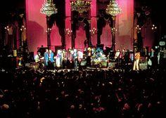 """Música supersónica // la reconocerás cuando algo dentro de ti se agite. Por ejemplo: desearás que estos 4:34"""" no se acaben nunca. https://www.youtube.com/watch?v=VaQDFk0fDTk // The Last Waltz, Scorsese y el equipo se hacen un lío, pierden la canción en directo y acuden a un estudio con the Staple Singers..."""