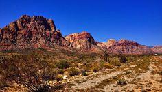 Red_Rock_Canyon_view_at_the_entrance_-_Las_Vegas.jpeg