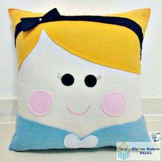 Baby Pillows, Kids Pillows, Throw Pillows, Felt Cushion, Diy Clothes Life Hacks, Sewing Stuffed Animals, Hand Work Embroidery, Tea Art, Pillow Room