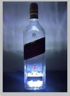 abajur luminária garrafa red label com led + fonte - lf shop