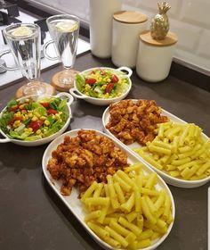 Cooking Recipes, Healthy Recipes, Food Displays, Food Decoration, Food Platters, Food Goals, Cafe Food, Aesthetic Food, Food Cravings