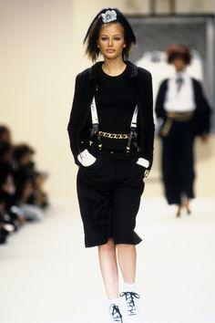 Chanel Spring 1994 Ready-to-Wear Fashion Show - Bridget Hall