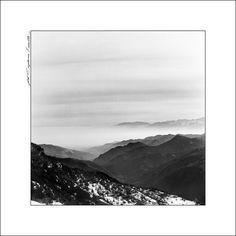 https://flic.kr/p/duAjmq | Foschia sulla Valle - Valle Maira | Sali di Argento - Hasselblad 500CM - Foma 100