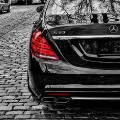Mercedes Benz Classe C Coupé  Télécharger un fond d'écran PS4, PS Vita
