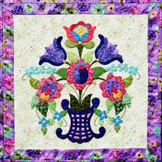 Applique quilt pattern by Happy Stash Quilts