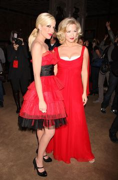 Tori Spelling and Jennie Garth