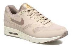 the latest 57509 e9679 Compra Deportivas de mujer color beige de Nike al mejor precio. Compara  precios de zapatillas de tiendas online como Sarenza - Wossel España