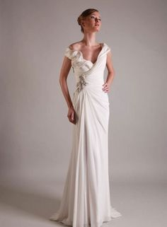 Sample dress from Gemy Couture for sale www.thewhiteroom.ie