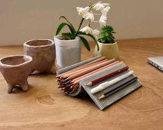 The QUIKRETE pencil holder - a one bag wonder for desk organization! Diy Office Desk, Pencil Holder, One Bag, Desk Organization, Projects, Crafts, Decor, Log Projects, Blue Prints