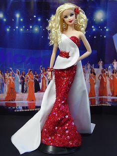 OOAK Barbie NiniMomo's Miss Canada 2010