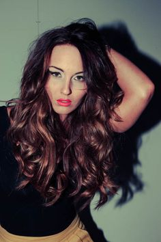 Shiny / wavy / messy / chocolate / brown / long hair / curly / hair color / texture / long layers