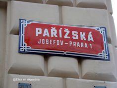 #CITYGUIDE to #Prague