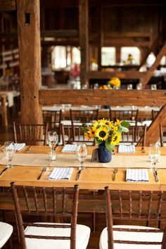 Riverside Farms in OR, cute country-styled wedding