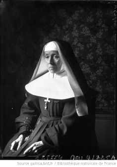 Daughters Of Charity, Nuns Habits, Prison, Religious Images, Daguerreotype, Blessed Mother, Portraits, Religion, Madame