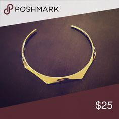 Gold choker Not worn, crisp condition LOFT Jewelry Necklaces