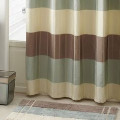 Croscills Fairfax Taupe Bath Rug Is Sleek And Contemporary The Features Stripes Of Ivory Cream Which Add An Ombre Effect