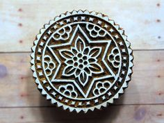 Lovely Hand Carved Circle with Floral Pattern Wood Block Stamp Ancient Indian Art, Clay Stamps, Wood Stamp, Ethnic Print, Border Print, Tampons, Stencil Designs, Handmade Soaps, Wood Blocks