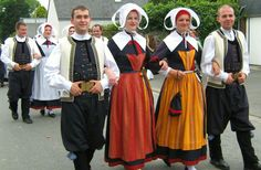 Traditional costume in the world | Traditional folk costumes all around the world