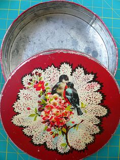 red bird vintage tin