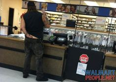Weird People Of Walmart - Pic 26