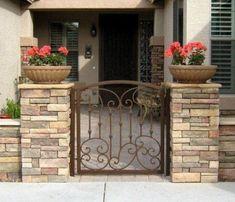 best Ideas for landscape ideas front yard arizona decor Courtyard Landscaping, Front Courtyard, Front Yard Landscaping, Front Gates, Entry Gates, Front Entry, Front Doors, Front Yard Patio, Front Yard Fence Ideas