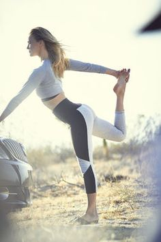 Stretch out your quads after driving with this yoga move: Dancers Pose