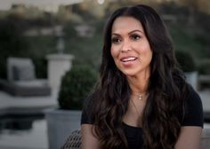 Everyone knows that being a working mom is one of the hardest jobs there is. Try mastering a work-life balance along with living a fabulous Hollywood lifestyle—this is a scenario Tracey Edmonds kno...