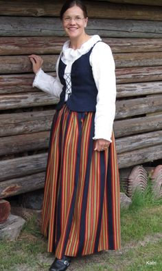 Western Finnish costumes Costumes Around The World, Healthy Style, Folk Costume, Traditional Dresses, Scandinavian, My Style, How To Wear, Folklore, Clothes
