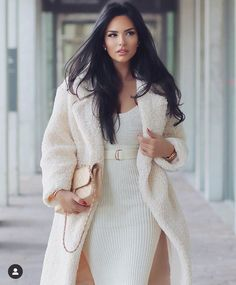 There is 1 tip to buy dress. Classy Outfits, Chic Outfits, 2020 Fashion Trends, Fashion 2020, Looks Chic, Casual Summer Dresses, Winter Looks, Mode Style, Style Blog